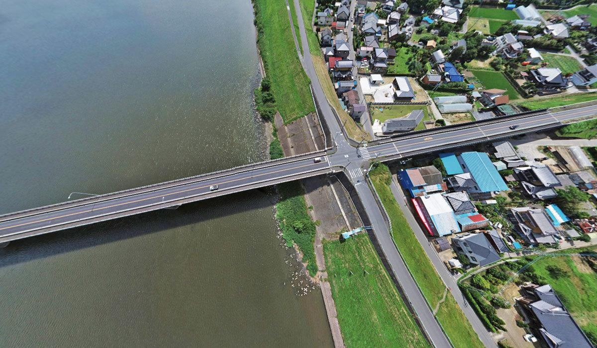 河内町おすすめ観光交通スポットの常総大橋交差点