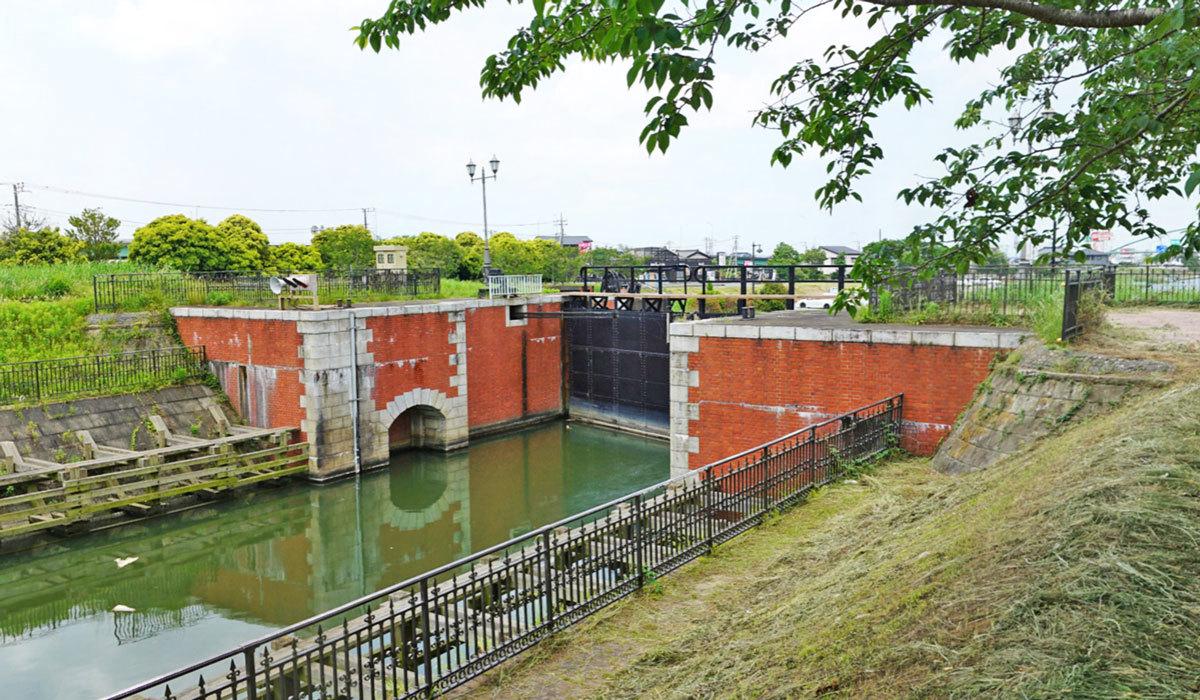 稲敷市おすすめ地理景観スポットの横利根閘門ふれあい公園