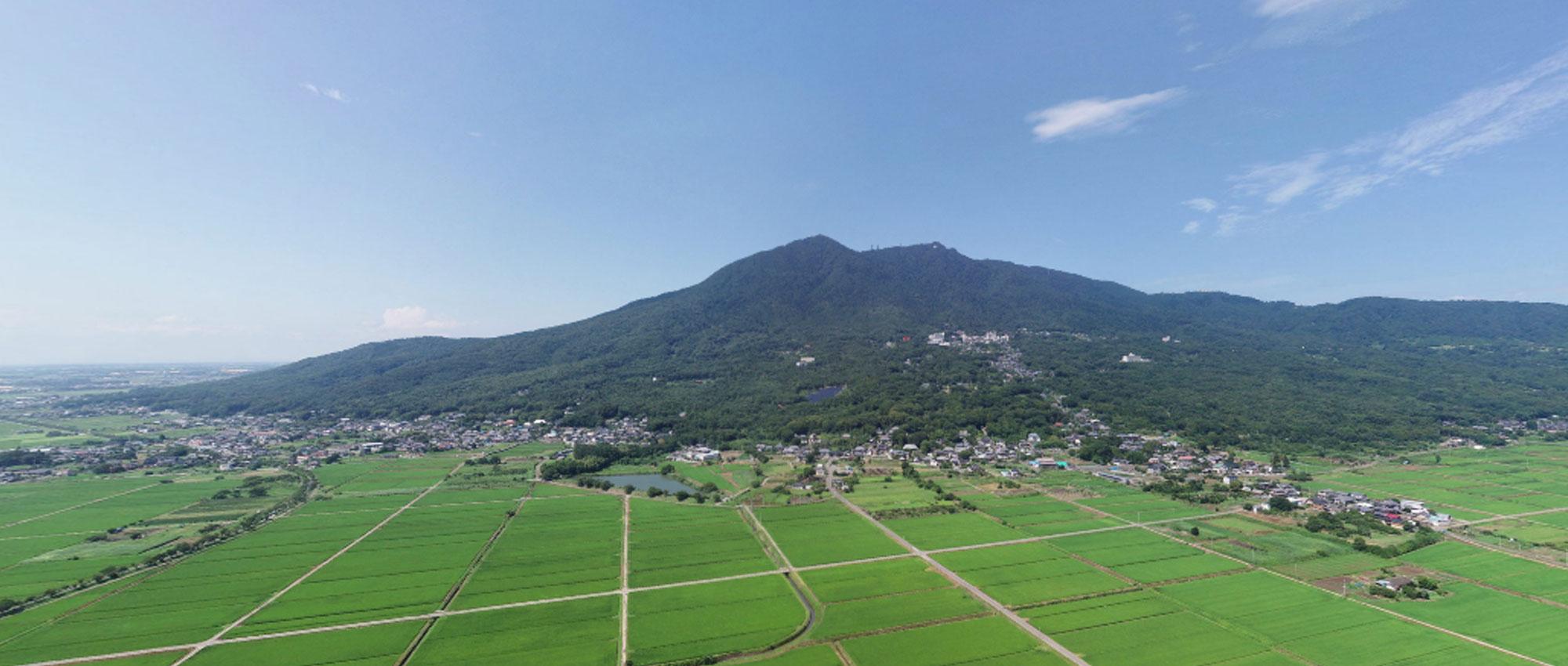観光名所の筑波山の写真